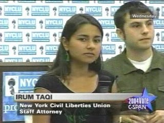 Click to watch 3.2 MB .wmv Video (3 min) of Protester Training by NYCLU Lawyers